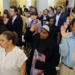 Vale la Pena Hacerse Ciudadano Americano? Lista de Beneficios